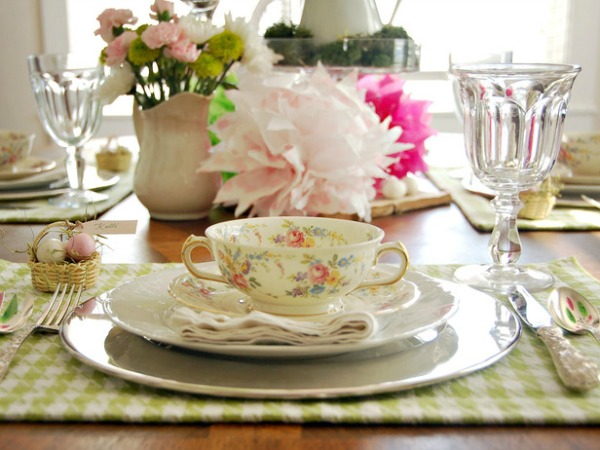 Cvetna solja  Proleće na stolu