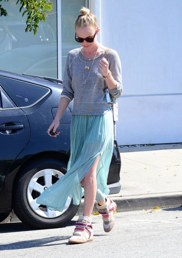 Kate Bosworth LA 2012 Momenti kada su patike dobile svojih pet minuta