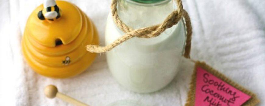 Uradi sama: Umirujuća kupka od meda i kokosovog mleka