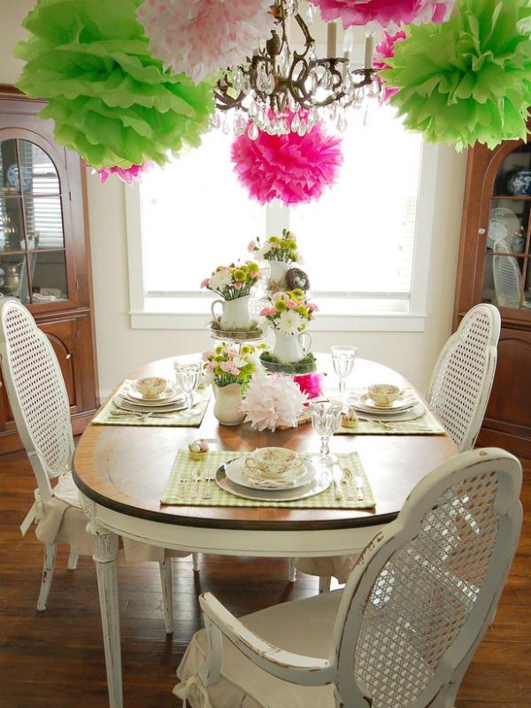Prolecna dekoracija konacno Proleće na stolu