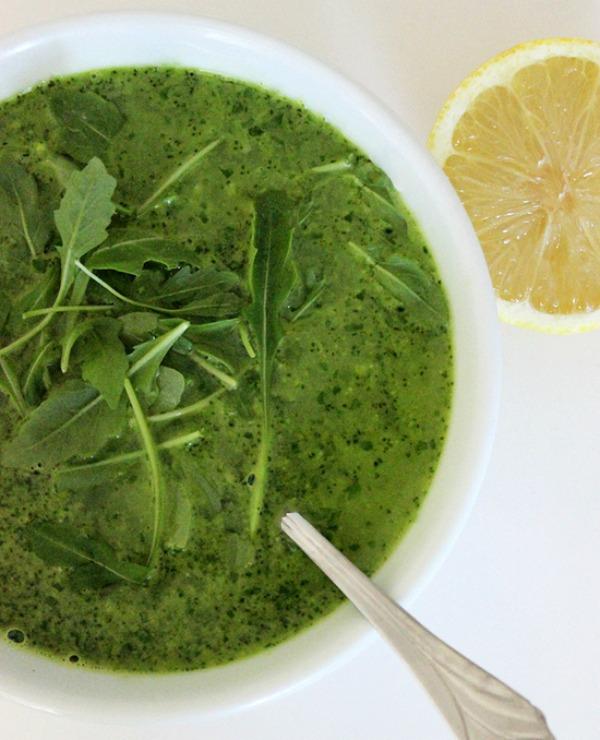 Slika 125 Detoks namirnica Gvinet Paltrou: Supa od brokolija i rukole