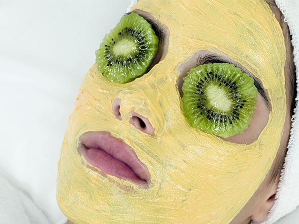Slika 155 Prirodne maske za prolećno čišćenje lica