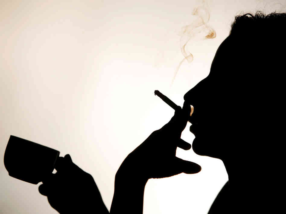 coffe cigaretetes ffb44a26202d58db1cded5728f1b44f6bf83d13e s6 c30 Da li ste tip zavisnika?