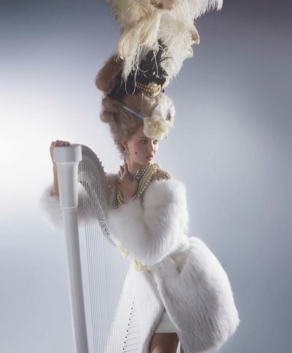 couture marie antoinette4 Karl Lagerfeld i Lindzi Vikson za Harpers Bazaar
