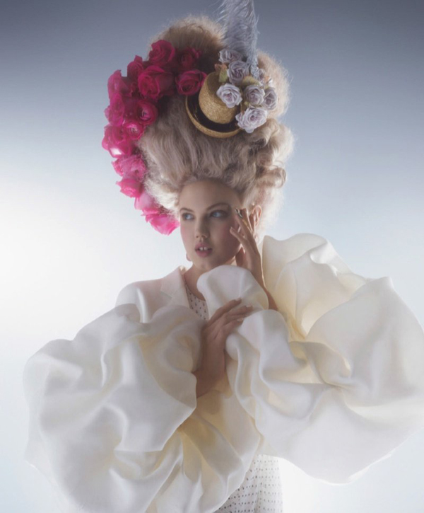 couture marie antoinette7 Karl Lagerfeld i Lindzi Vikson za Harpers Bazaar