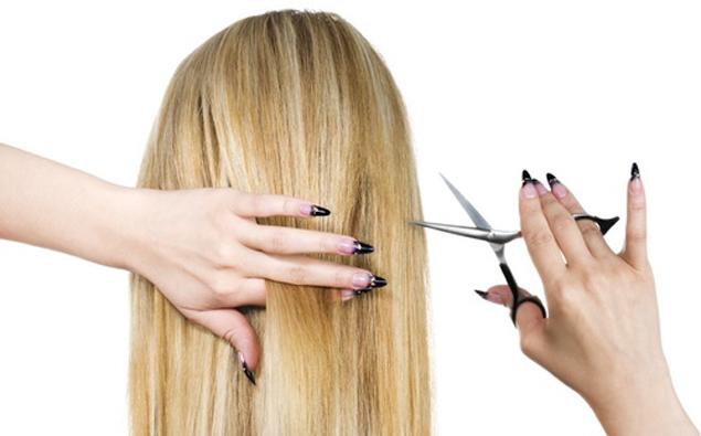 cutting hair at backside Pet stvari koje ne treba ni zbog koga da uradite