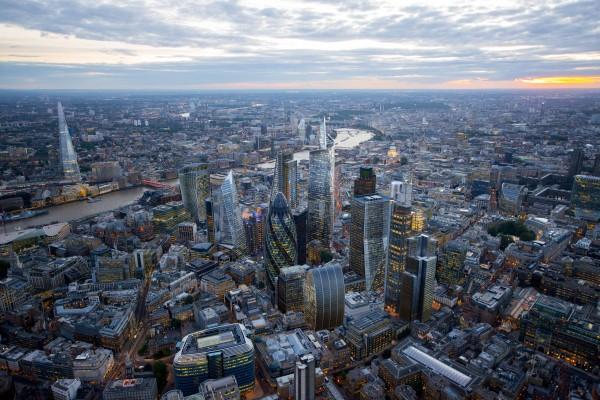 futuristic view London skyline 600x400 Kako će London izgledati za 20 godina?