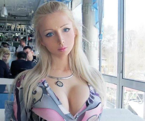 maxresdefault Živa Barbika će prestati i da se hrani!