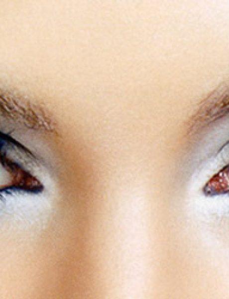 Prolećni beauty trend: Plava senka za oči