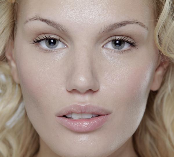 st3 Make up saveti Marka Nikolića: Savršen ten i punije usne