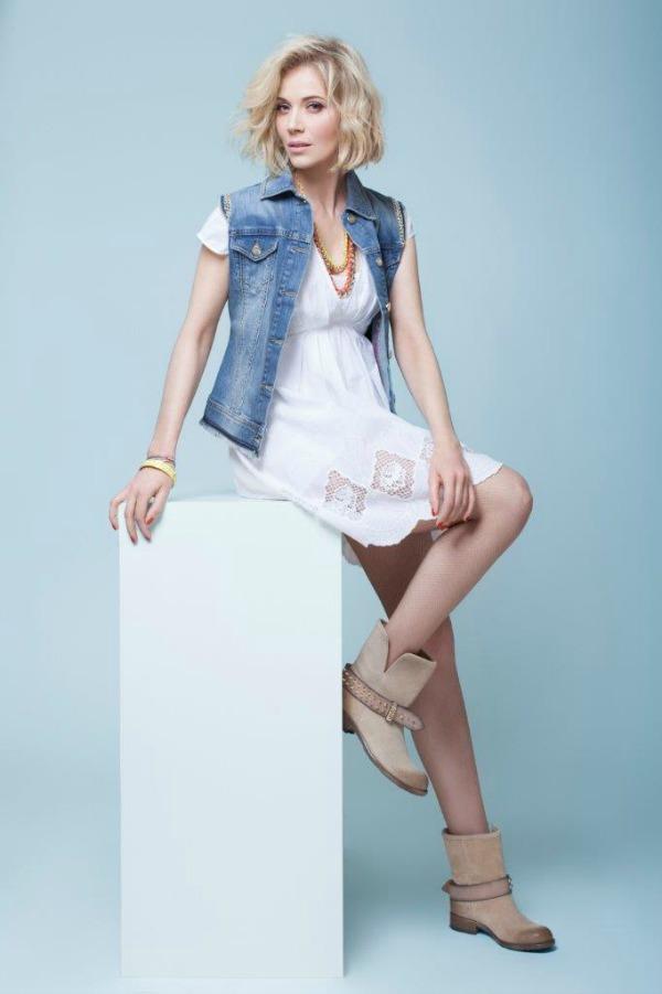 332 Jelena Rozga u ulozi Liu Jo lica