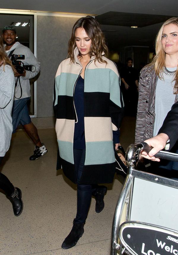 Alba Airport fashion report: Poznate dame putuju sa stilom