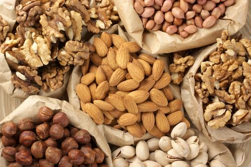 Nuts Lepota ulazi na usta: Hrana protiv starenja