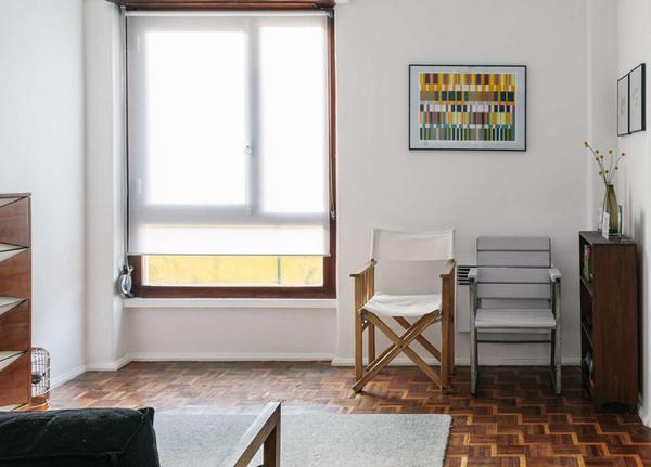 Screen Shot 2014 03 31 at 5.05.12 PM Pomireni minimalizam i eklektika u lisabonskom stanu