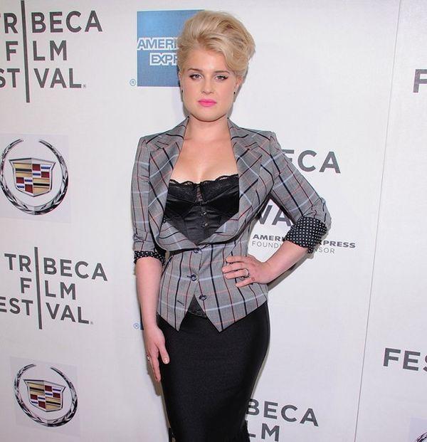 kelly osbourne corset Modni promašaji: Jaooo, šta sam to obukla, gde mi je pamet bila?!