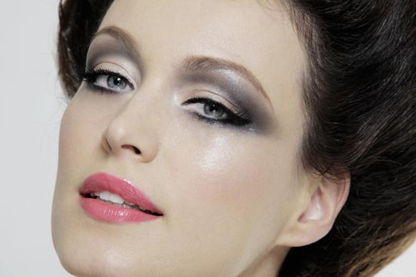 sivo 2 Make up saveti Marka Nikolića: BB krema i dugotrajan ruž