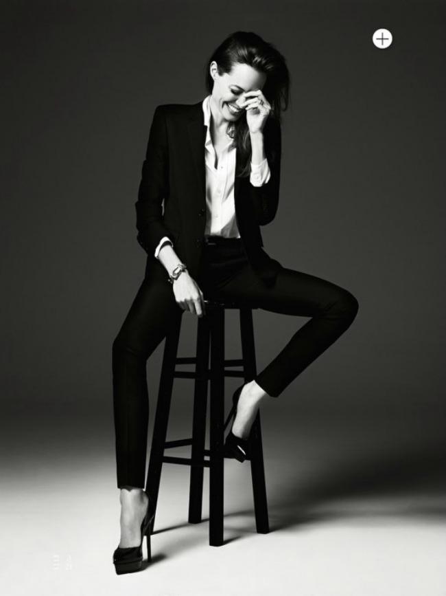 143 Modne vesti: Lepa Anđelina, smerna Rijana i ubuduće Givenchy Ališa