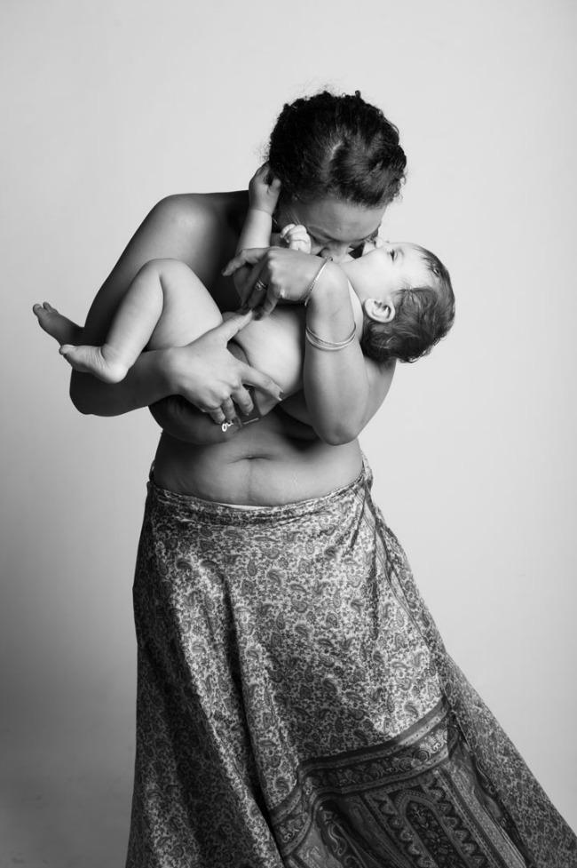 315 Mozaik vremena: Fotografije koje slave majčinstvo!
