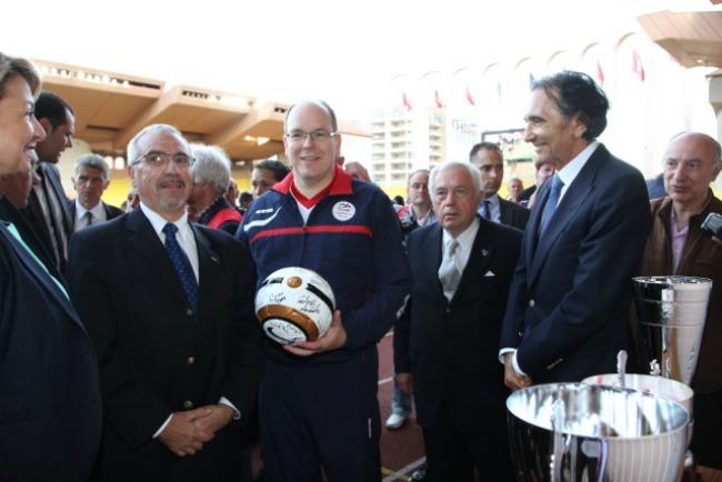 395 Kad Nole igra fudbal: Humanitarne utakmice u Monaku