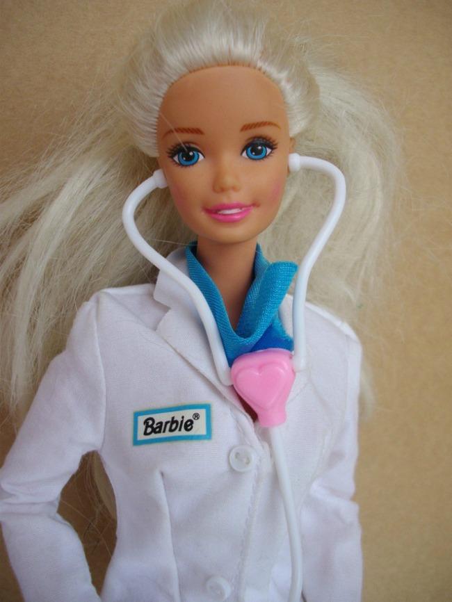 425 Snimi ovo: Barbi čeka uloga u akcionoj komediji