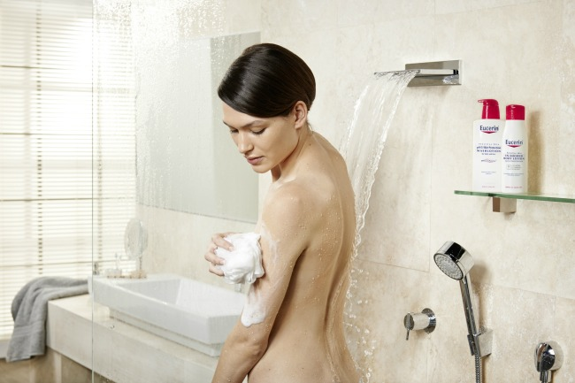 438 Beauty rutina: Eucerin In Shower losion za telo za osetljivu kožu