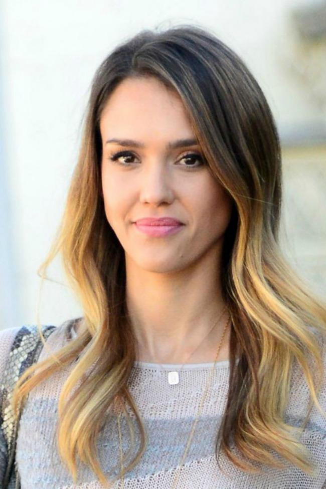 4 Jessica Alba Novi stari beauty trend: Ombre efekat na kosi