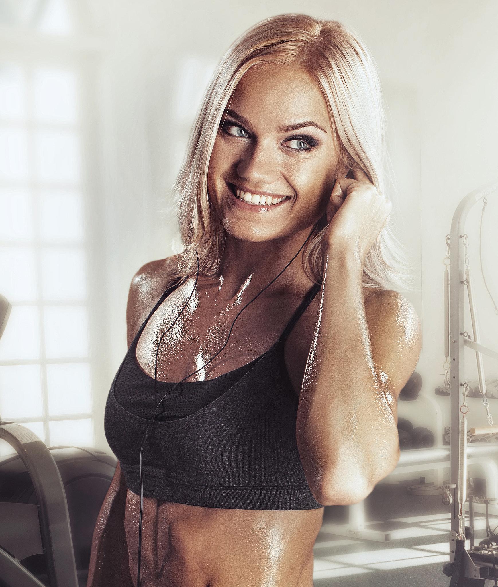606a6dfe09364343 cardio woman.xxxlarge 2x Wannabe Fit: Pesme za vežbanje