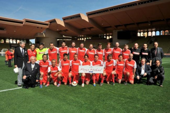 647 Kad Nole igra fudbal: Humanitarne utakmice u Monaku