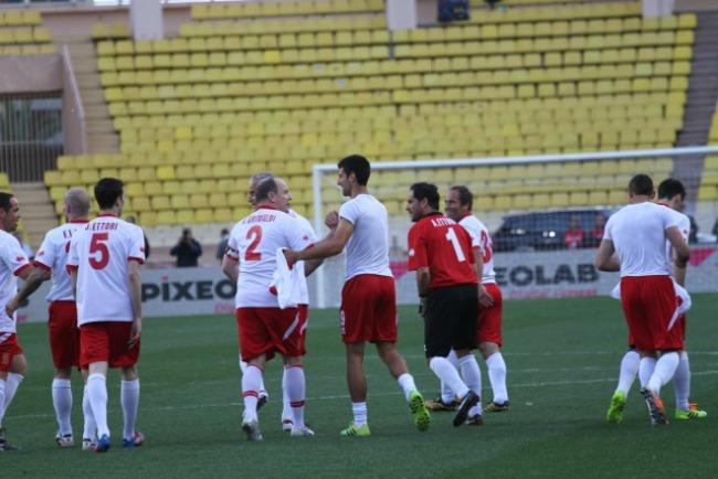 917 Kad Nole igra fudbal: Humanitarne utakmice u Monaku