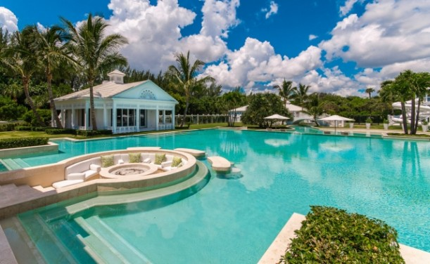 Celine Dions house for sale Jupiter Florida 19 611x376 Kuće poznatih: Selin Dion prodaje vilu