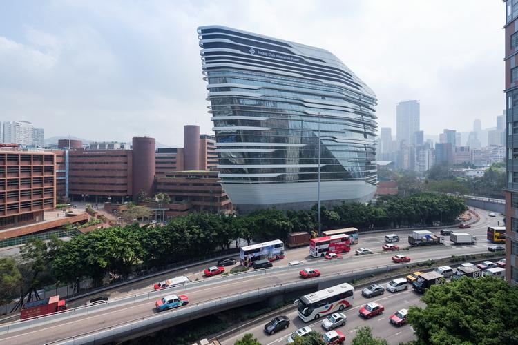 Jockey Club Zaha Hadid 01 Moderna arhitektura: Staklena kula u Hong Kongu