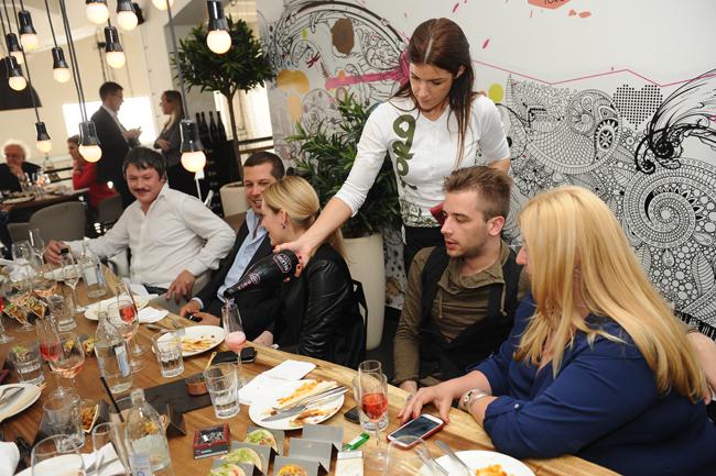 PROMOCIJA VINA 289 Beogradska rivijera: Roze vina iz Provanse