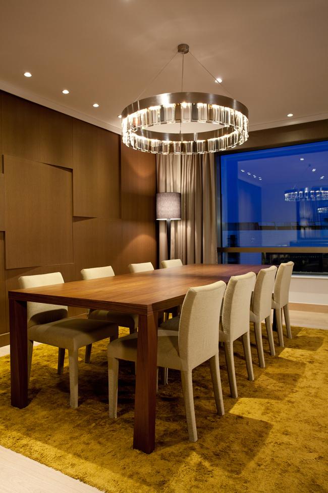"""Presidential suite table for dining Hyatt Regency Beograd i Wannabe Magazine nagrađuju: """"Najlepši pogled iz sobe"""""""