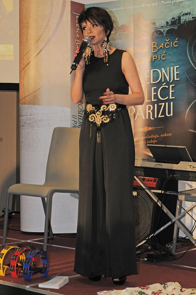 TOP7727 Održana spektakularna promocija knjige Poslednje proleće u Parizu Jelene Bačić Alimpić