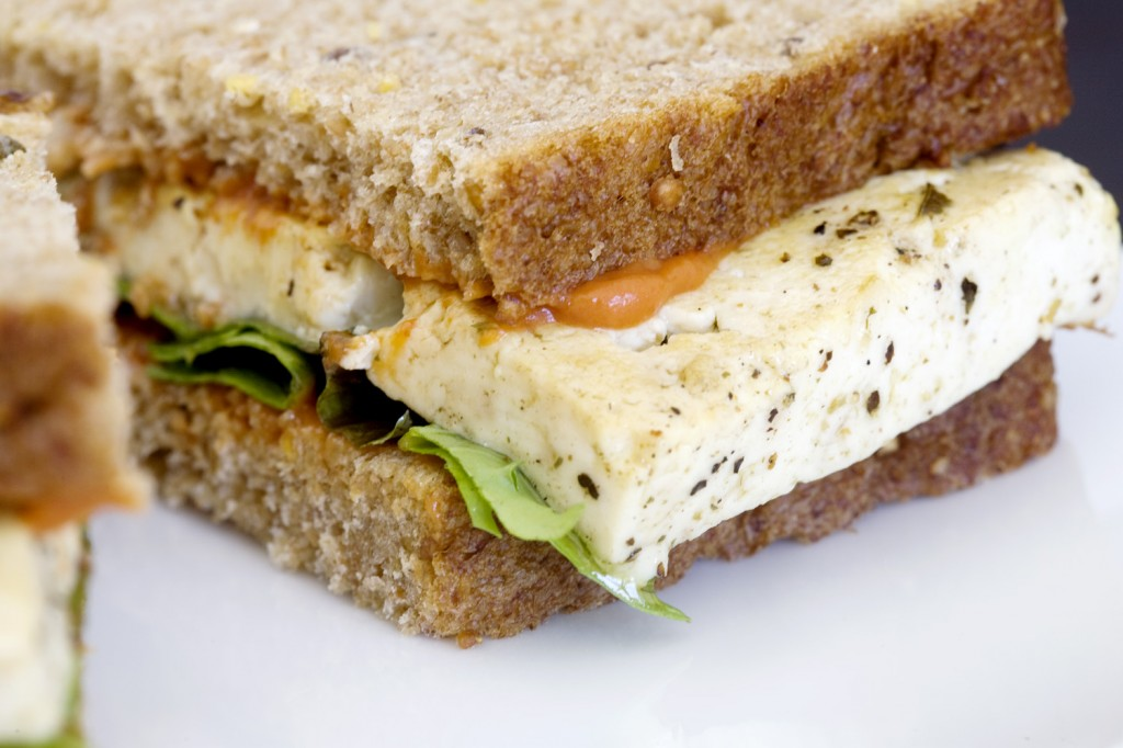 Tofu Sandwich5 1024x682 Fitnes meni: Voćkasta nedelja