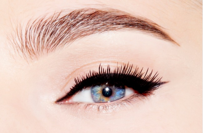 Untitled Dragan Vurdelja kreira za Auru: Gel eyeliner