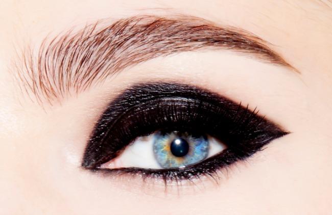 Untitled1 Dragan Vurdelja kreira za Auru: Gel eyeliner