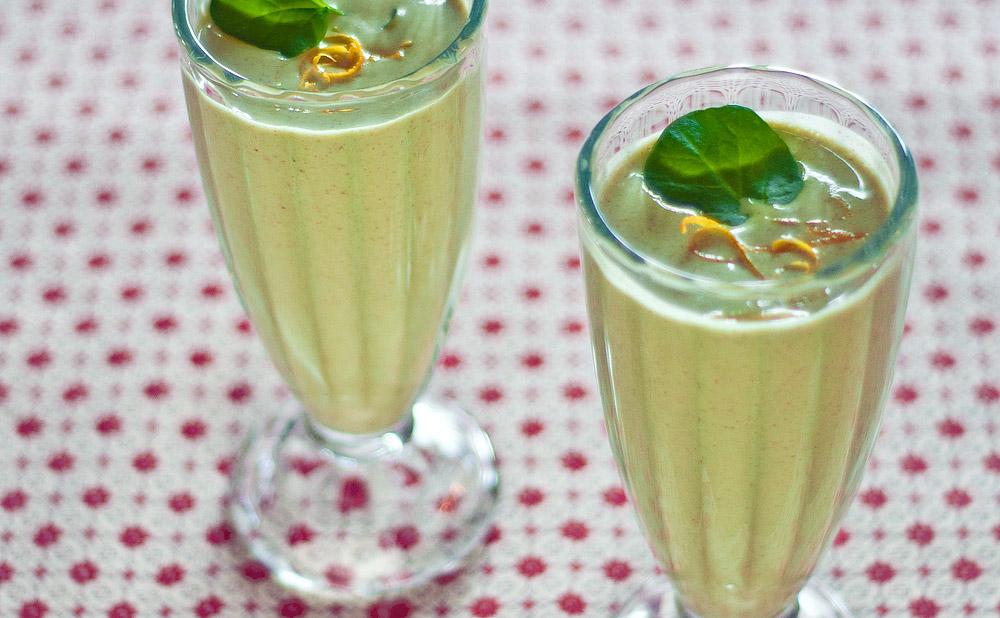 asian pear and watercress smoothie Lepa i zdrava: Tri smoothija da zablistaš