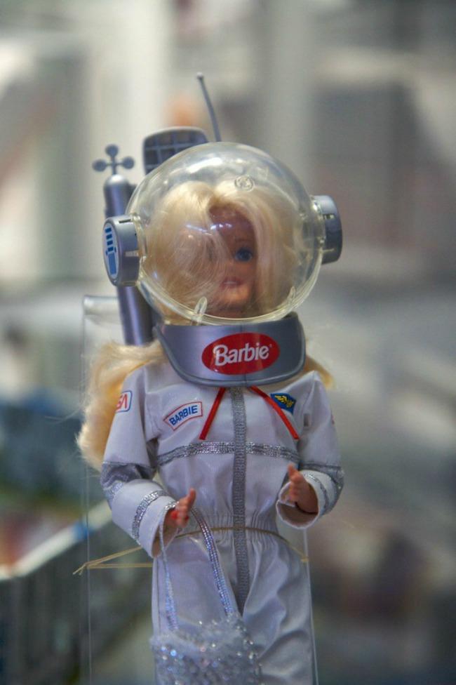 astronaut barbie Snimi ovo: Barbi čeka uloga u akcionoj komediji