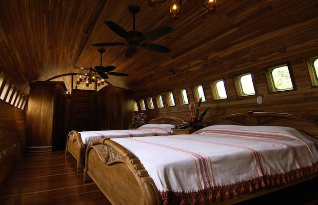 boeing727istransformedintohotelsuiteincostaricandesignboom11 ivuef Put oko sveta: Luksuzni apartman avion usred džungle
