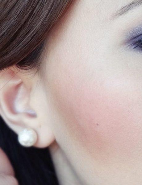 Make-up trik: Kako da u isto vreme koristite bronzer i rumenilo