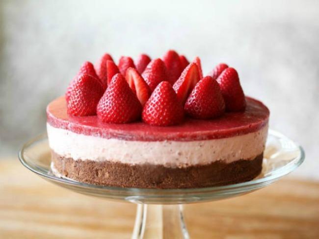 chtekst1 Da prste poližeš: Cheesecake od jagode