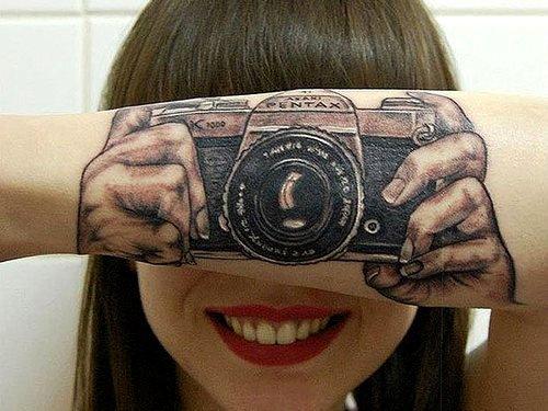 embedded camera arm tattoo Promašaj nad promašajima: Najgore tetovaže