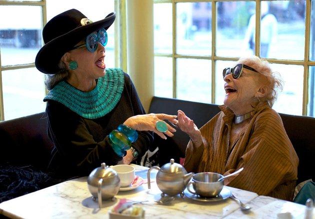 embedded stylish old women Ljudi od stila: Moderne bake