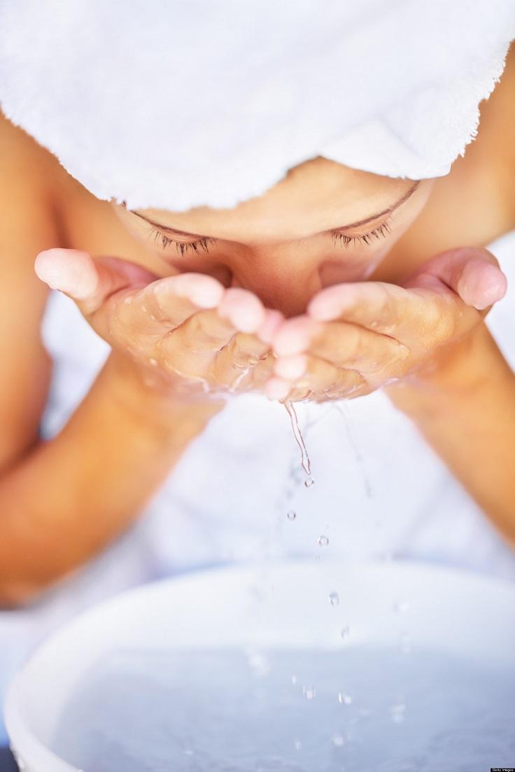 face washing Iz kućne radinosti: Ovo nikada ne stavljajte na lice