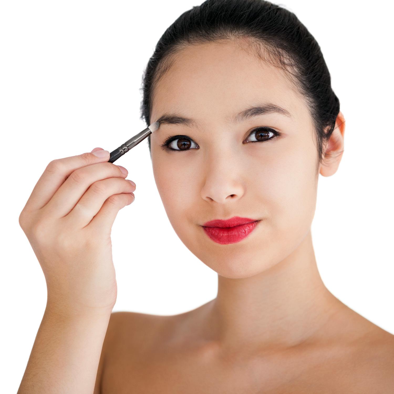 fill shape eyebrows Pravila šminkanja: Oblikovanje obrva u par koraka