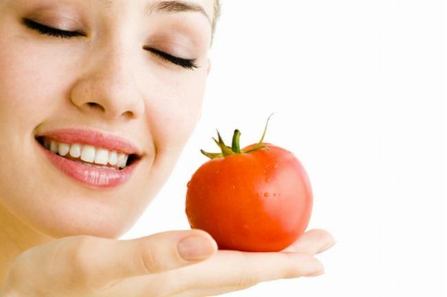 paradajz maska Beauty savet: Šta koža trpi tokom pijane noći i kako povratiti stari sjaj