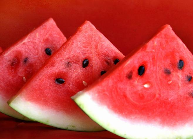 watermelon healthy and sweet  Fitnes meni: Zdravlje ulazi na usta