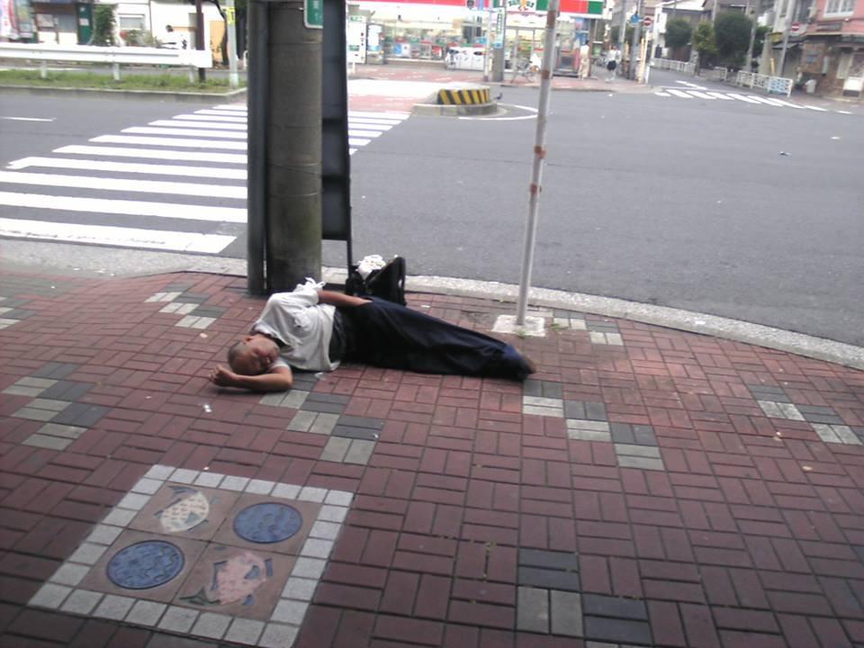 1010373 10154579603730355 5792735845524177875 n Urbani centri: Kampanja protiv pijanih radnika na ulicama Japana
