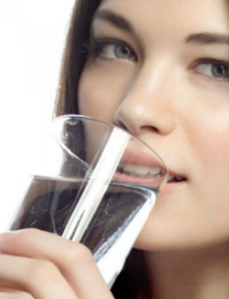 Ne dozvolite da vaše telo izgubi vodu: Tri znaka da ste dehidrirali